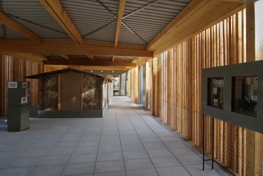 Offener Raum der KZ-Gedenkstätte Neckarelz, Foto von Timi Krieger